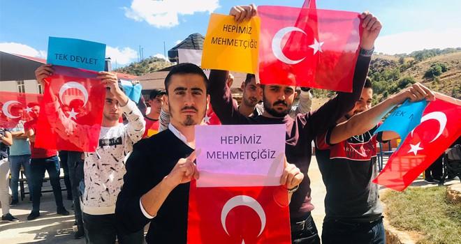 KYK'lı gençlerden Mehmetçik'e dua