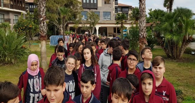 Yöntem'li öğrenciler Antalya'da kampında