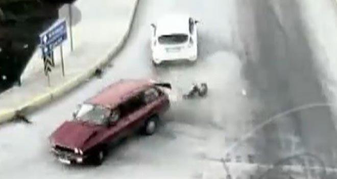 Kazada köpekler savruldu