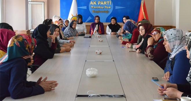 Kadın Meclisi'nden AK Parti  Karatay ilçe teşkilatına ziyaret