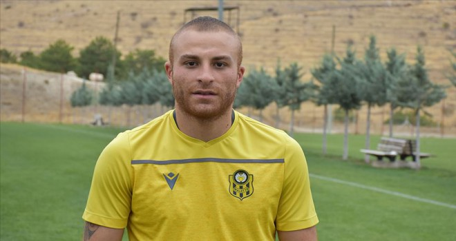 Yeni Malatyaspor, Gökhan Töre'nin sözleşmesini uzattı