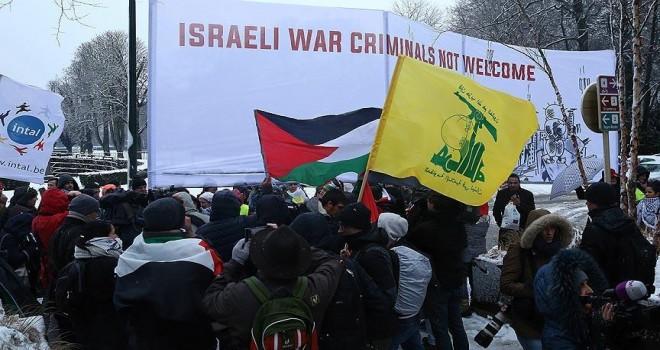 Netanyahu Brüksel'de protesto edildi