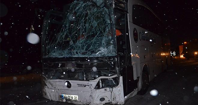 Konya'da zincirleme trafik kazası: 1 ölü, 19 yaralı