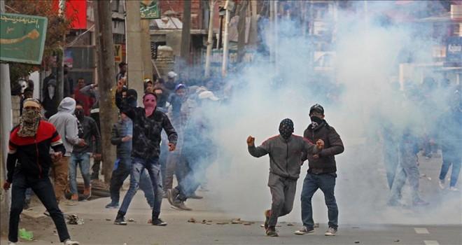 Cammu Keşmir'deki şiddet olaylarında 41 kişi öldü