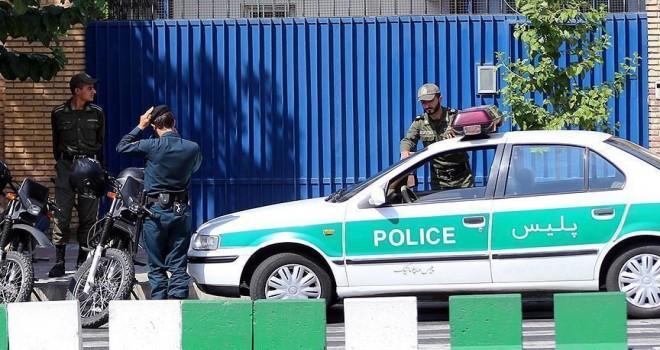 İran'da Gonabadi tarikatı eyleminde 3 polis yaralandı