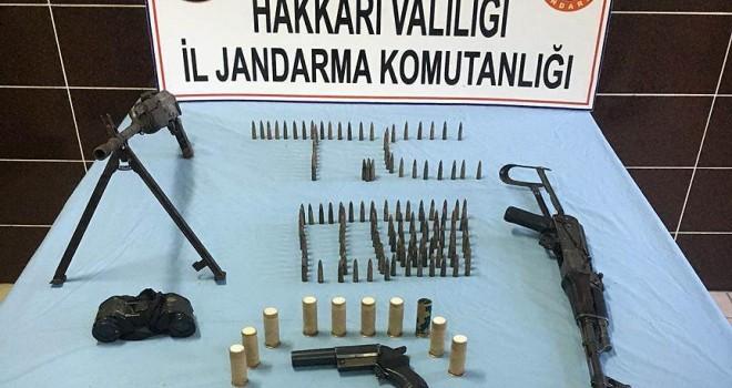 Hakkari'de terör örgütü operasyonunda mühimmat ele geçirildi