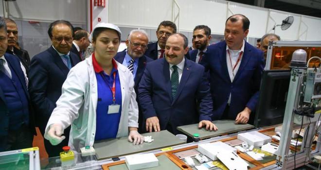 Sanayi ve Teknoloji Bakanı Varank Vestel'i gezdi