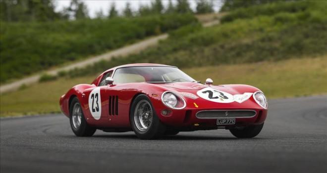 Açık artırmada satılan en değerli otomobil Ferrari 250 GTO oldu