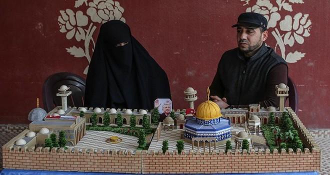 Gazzeli çiftten Cumhurbaşkanı Erdoğan'a anlamlı hediye