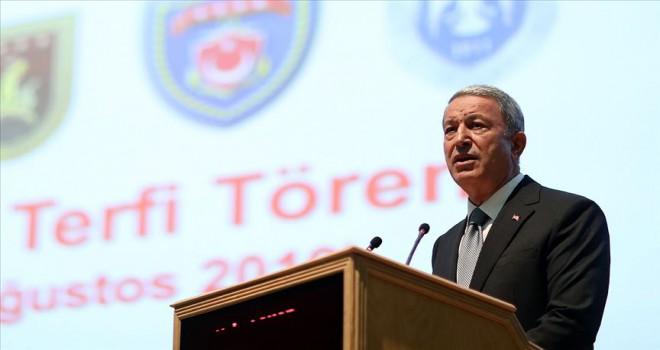 Milli Savunma Bakanı Akar: FETÖ ile mücadelede TSK'dan 17 bin 498 kişi ihraç edildi