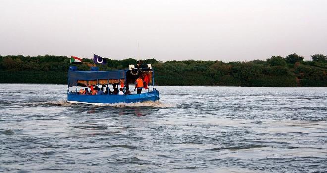 Nil Nehri'nde öğrencileri taşıyan tekne battı: 23 ölü