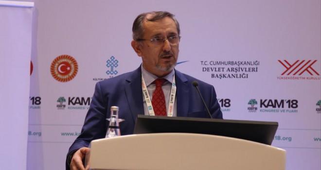 'Osmanlı arşivi 600 yıllık tarihi birikimi muhafaza ediyor'