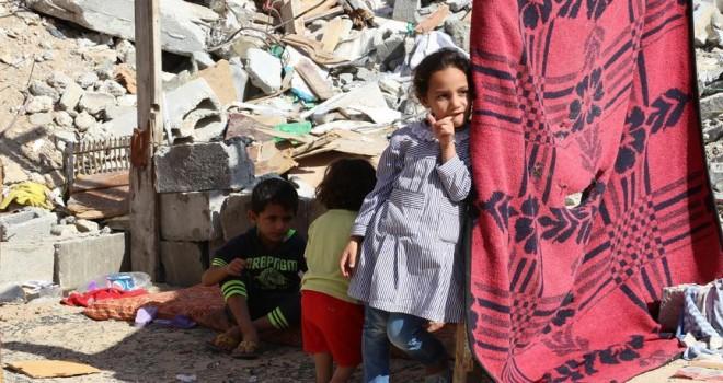 Gazze'ye artık gelinlik ve biberon girişide yasak
