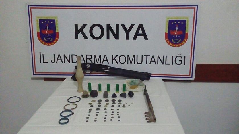 Konya'da tarihi eser kaçakçısı 3 kişi gözaltına alındı