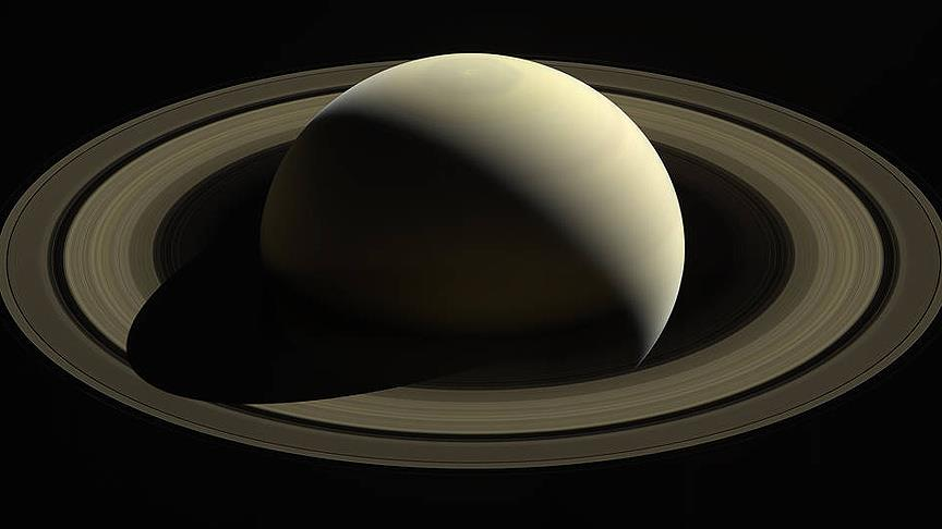 Cassini kendini imha etti