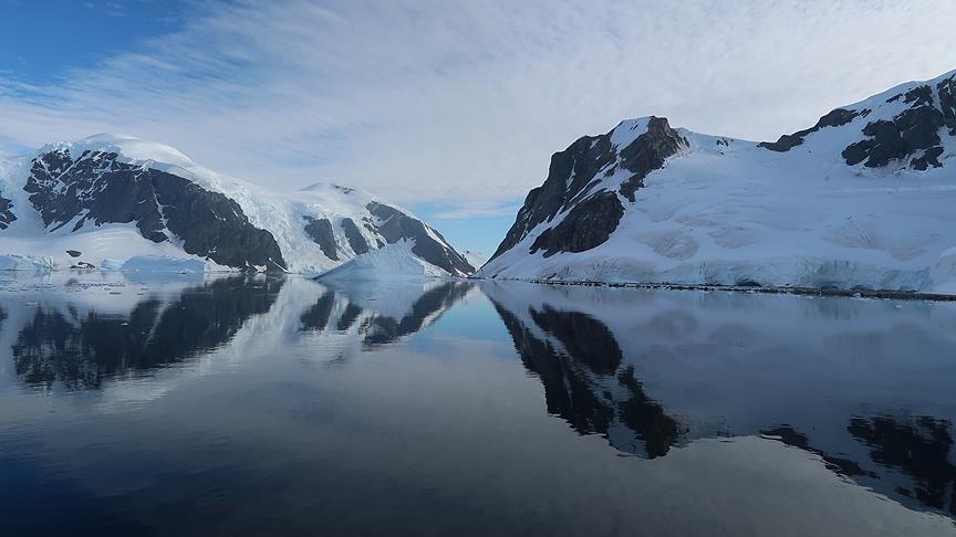 Antarktika'da buzullar altında 91 yanardağ bulundu