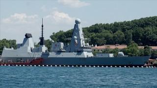 Rusya: Uyarı ateşi açıldı, İngiltere: Hiçbir uyarı ateşi olmadı