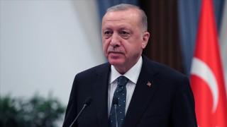 Cumhurbaşkanı Erdoğan'dan 'Filenin Efeleri'ne tebrik